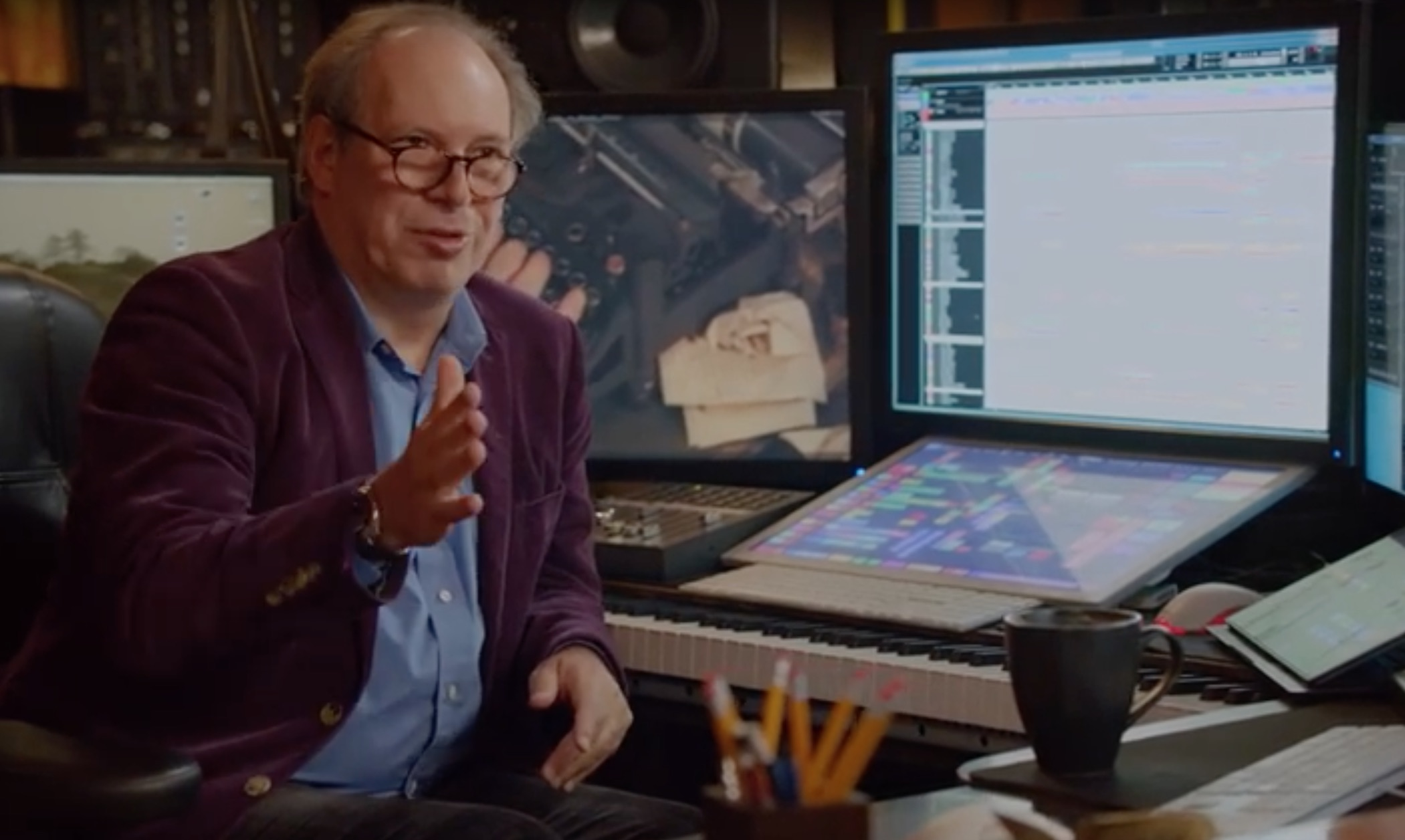 Hans zimmer to lead online film scoring course limelight for Hans zimmer house