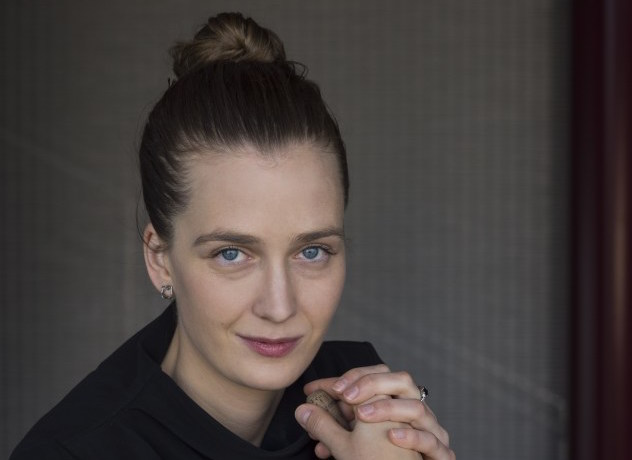 Elena Schwarz, conductor