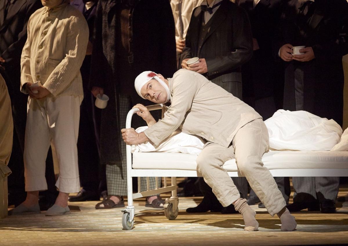 Gerald Finley in Wiener Staatsoper's Parsifal