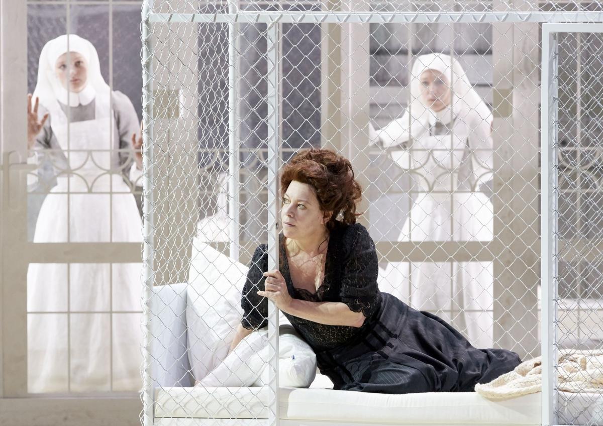 Nina Stemme as Kundry in Wiener Staatsoper Parsifal