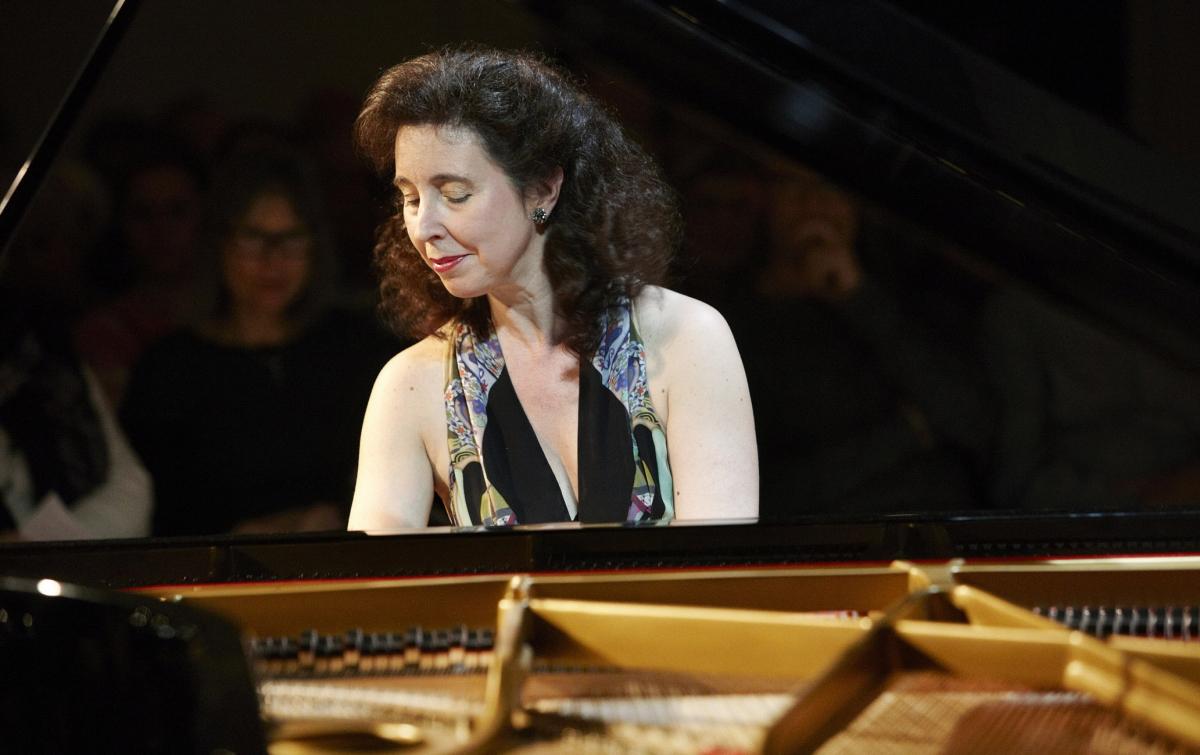 Angela Hewitt, Musica Viva