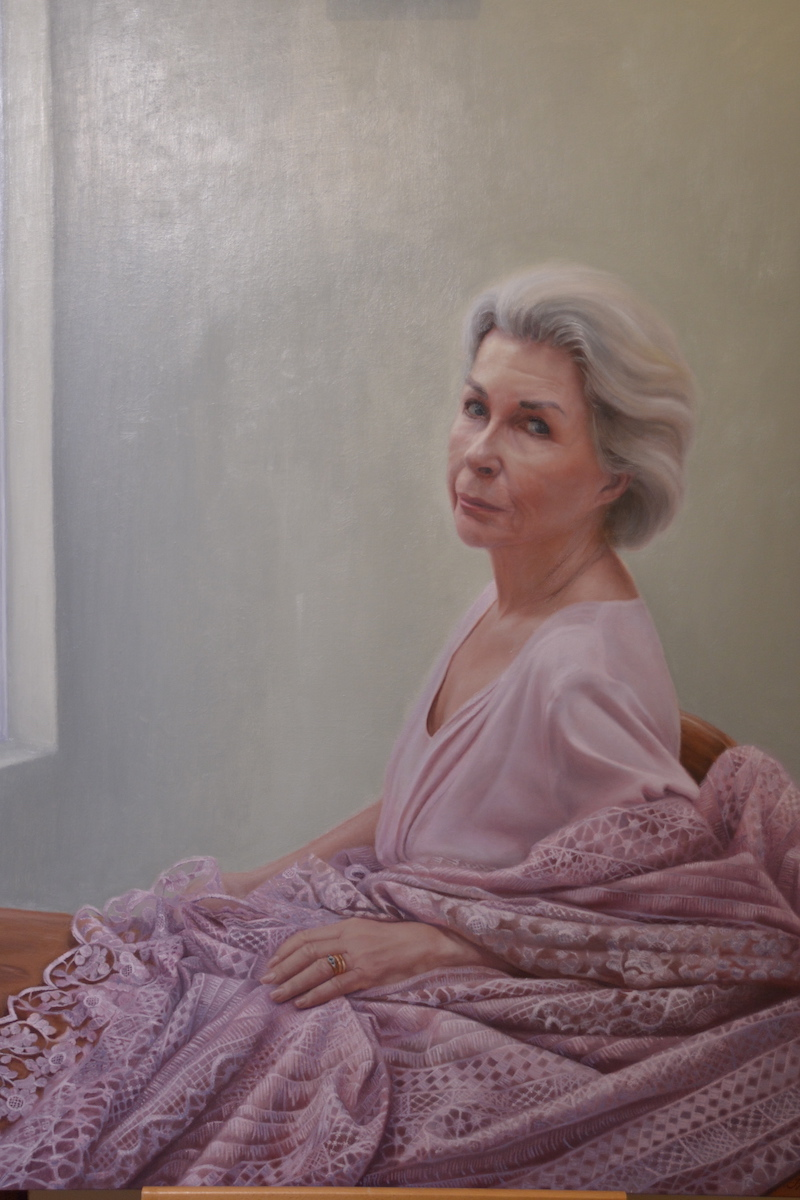 Robyn Nevin portrait among this year's Archibald entriesDr Robyn Randall