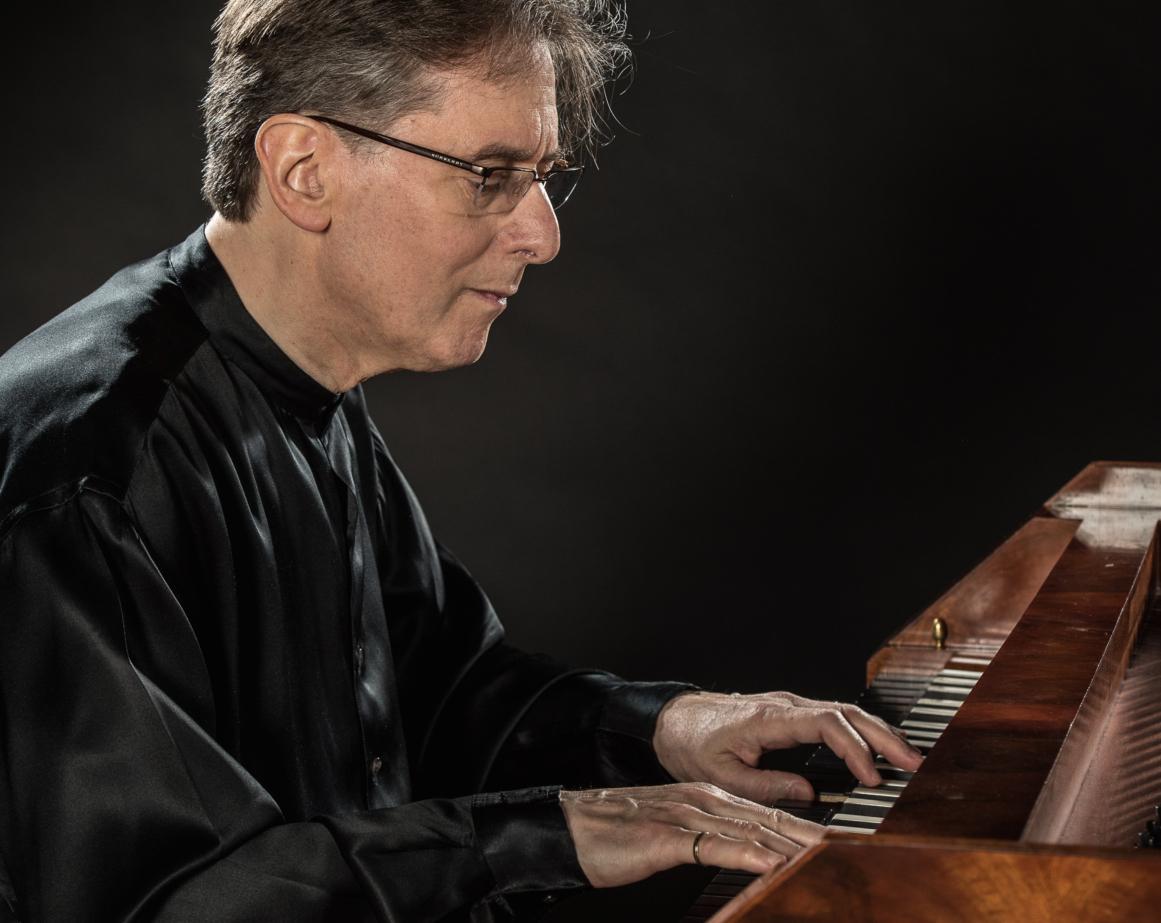 Pianist Robert Levin