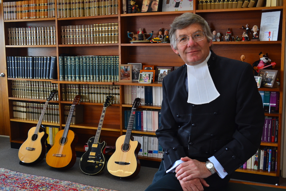 busking judge,