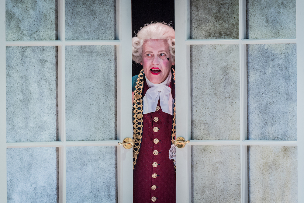 Cosi fan tutte, Peter Coleman-Wright, Opera Holland Park