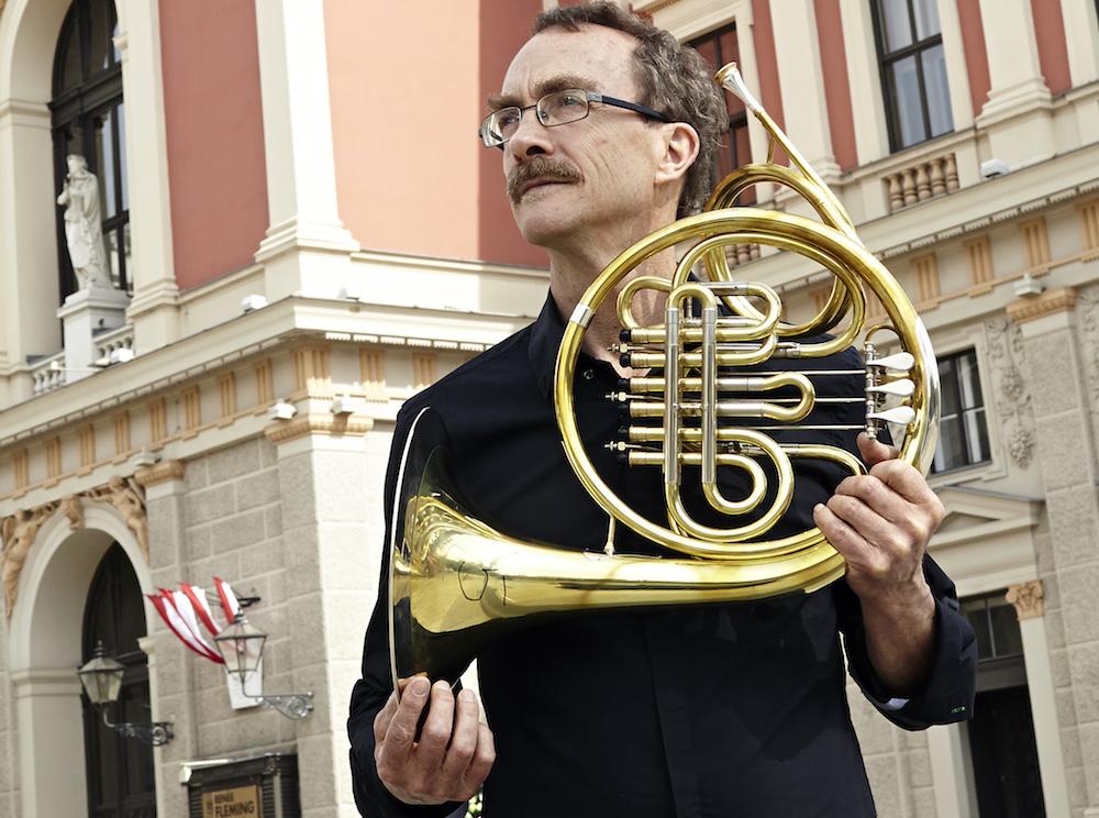 Hector McDonald, Horn