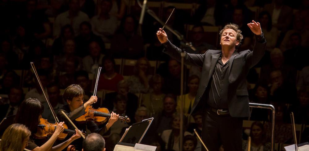 Australian World Orchestra, Alexander Briger
