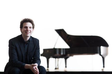 Jayson Gillham – Australian Piano Sensation