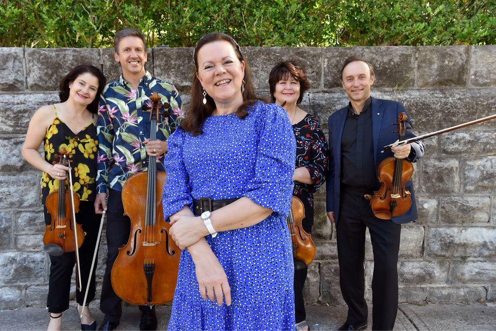 Kathryn Stott and the Goldner String Quartet