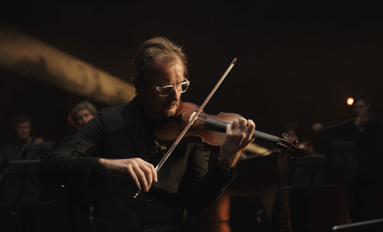Richard Tognetti performing in ACO StudioCast